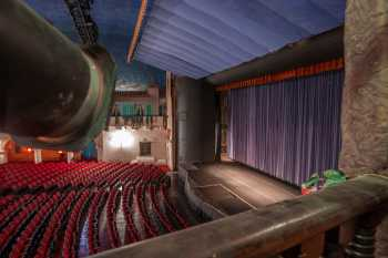 Arlington Theatre, Santa Barbara: Stage from House Right