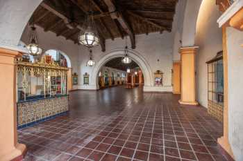 Arlington Theatre, Santa Barbara: Vestibule from Street