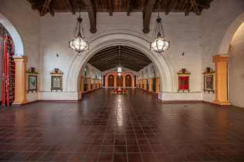 Arlington Theatre, Santa Barbara: Vestibule looking to The Paseo