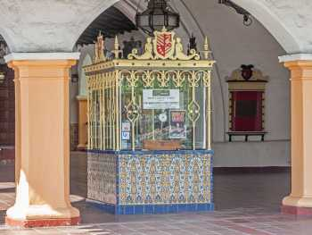 Arlington Theatre, Santa Barbara: Ticket Booth