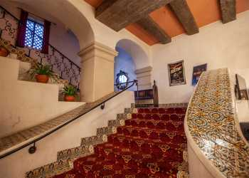 Arlington Theatre, Santa Barbara: Balcony House Left Stairs