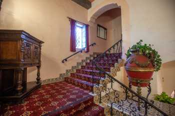 Arlington Theatre, Santa Barbara: Balcony House Right Stairs