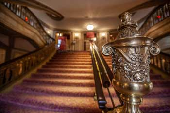 Chicago Theatre: Grand Staircase