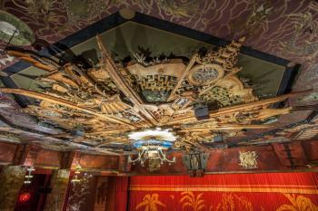 TCL Chinese Theatre, Hollywood: Ceiling from Grauman's Box