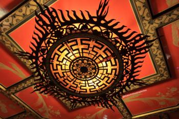 TCL Chinese Theatre, Hollywood: Side Lobby ceiling light