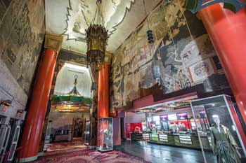 TCL Chinese Theatre, Hollywood: Lobby from House Left