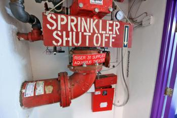 Earl Carroll Theatre, Hollywood: Aquarius Theatre sprinkler shutoff valve in basement