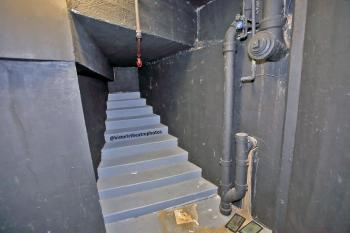 Earl Carroll Theatre, Hollywood: Basement stairs cupboard