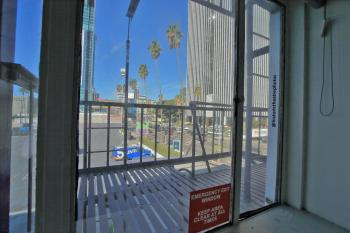 Earl Carroll Theatre, Hollywood: Office window