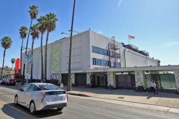 Earl Carroll Theatre, Hollywood: Sunset Blvd facade from northwest