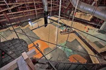 Earl Carroll Theatre, Hollywood: View to Auditorium from above house left wall