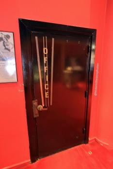 Earl Carroll Theatre, Hollywood: Door to Offices