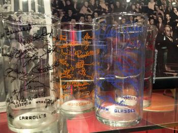 Earl Carroll Theatre, Hollywood: Earl Carroll Theatre Celebrity Autograph Glasses Set 2