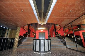 Earl Carroll Theatre, Hollywood: Entrance Lobby (1)