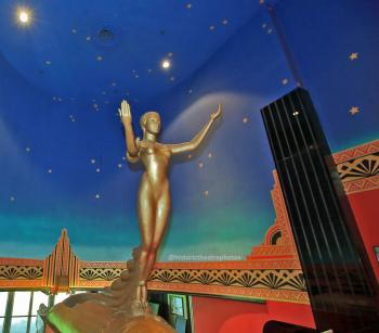 Earl Carroll Theatre, Hollywood: Goddess of Neon