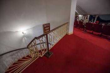 Ford's Theatre, Washington DC: Stairs down to Lobby