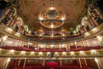 Her Majesty's Theatre: Auditorium from Stage Center