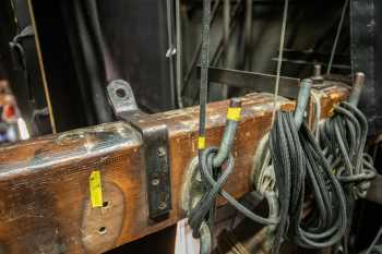 Her Majesty's Theatre: Cleat Rail Closeup