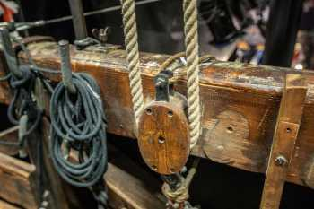 Her Majesty's Theatre: Pulley on Cleat Rail for Drum and Shaft in Grid