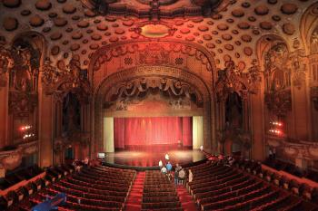 Los Angeles Theatre: Auditorium Center view