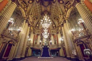 Los Angeles Theatre: Grand Lobby