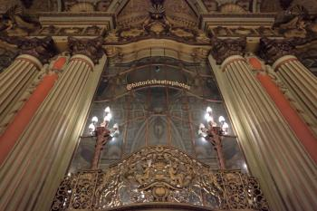 Los Angeles Theatre: Lobby Mirrors