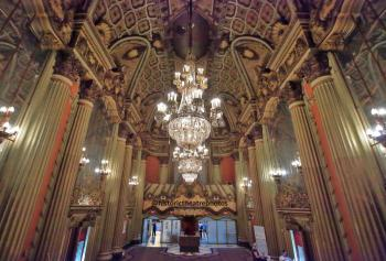 Los Angeles Theatre: Lobby from Mezzanine