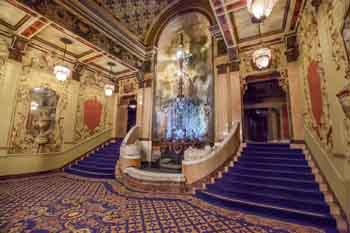 Los Angeles Theatre: Mezzanine from Right