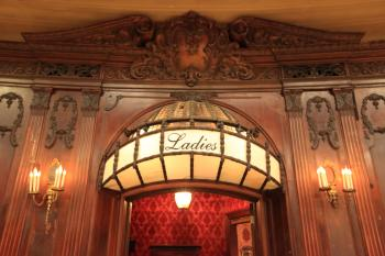 Los Angeles Theatre: Ladies Lounge entrance detail