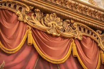 Sprague's riotous plasterwork around the proscenium arch