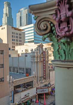 Los Angeles Theatre from Palace Theatre