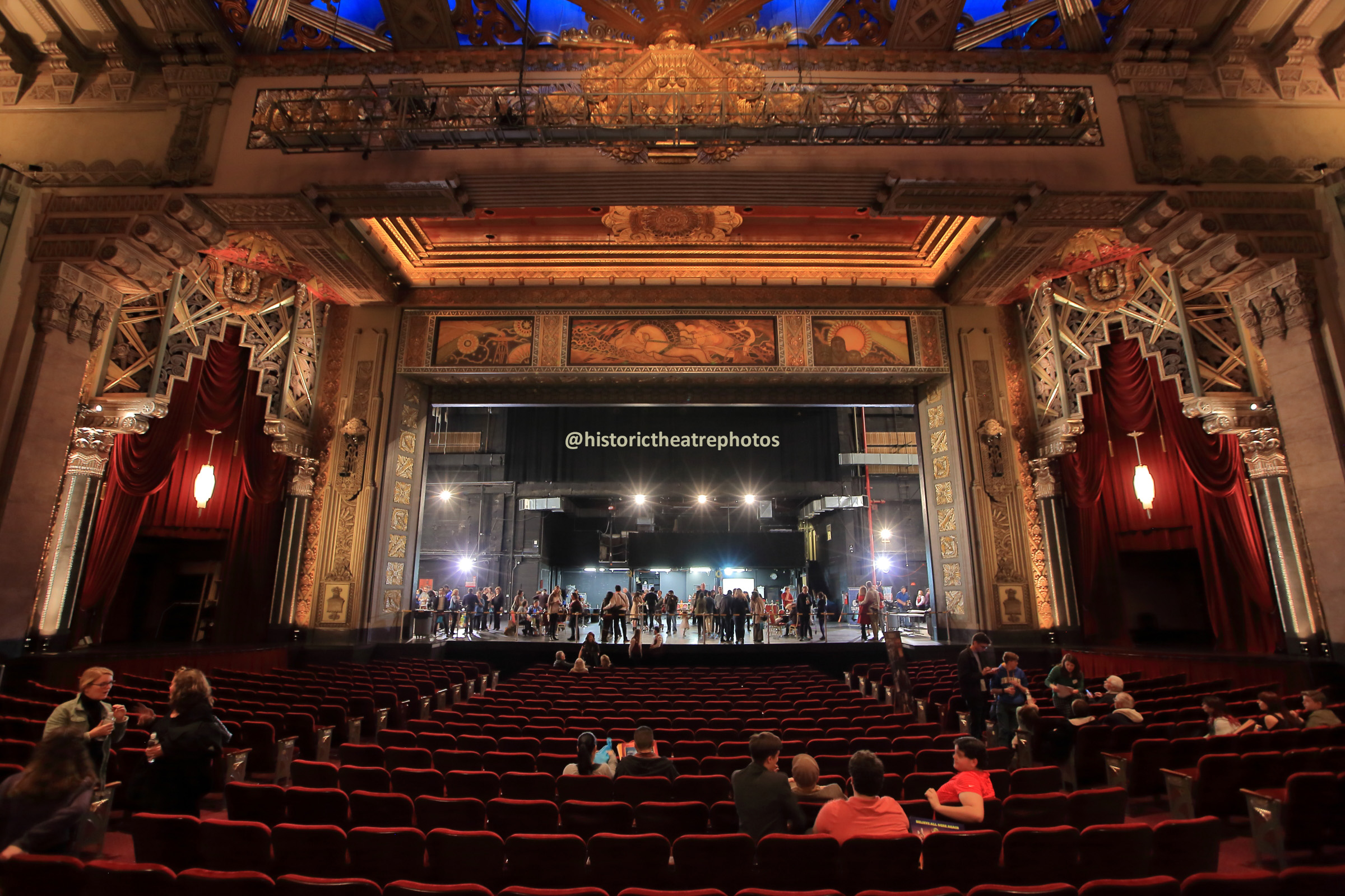 Pantages Theatre, Hollywood: Orchestra Center View