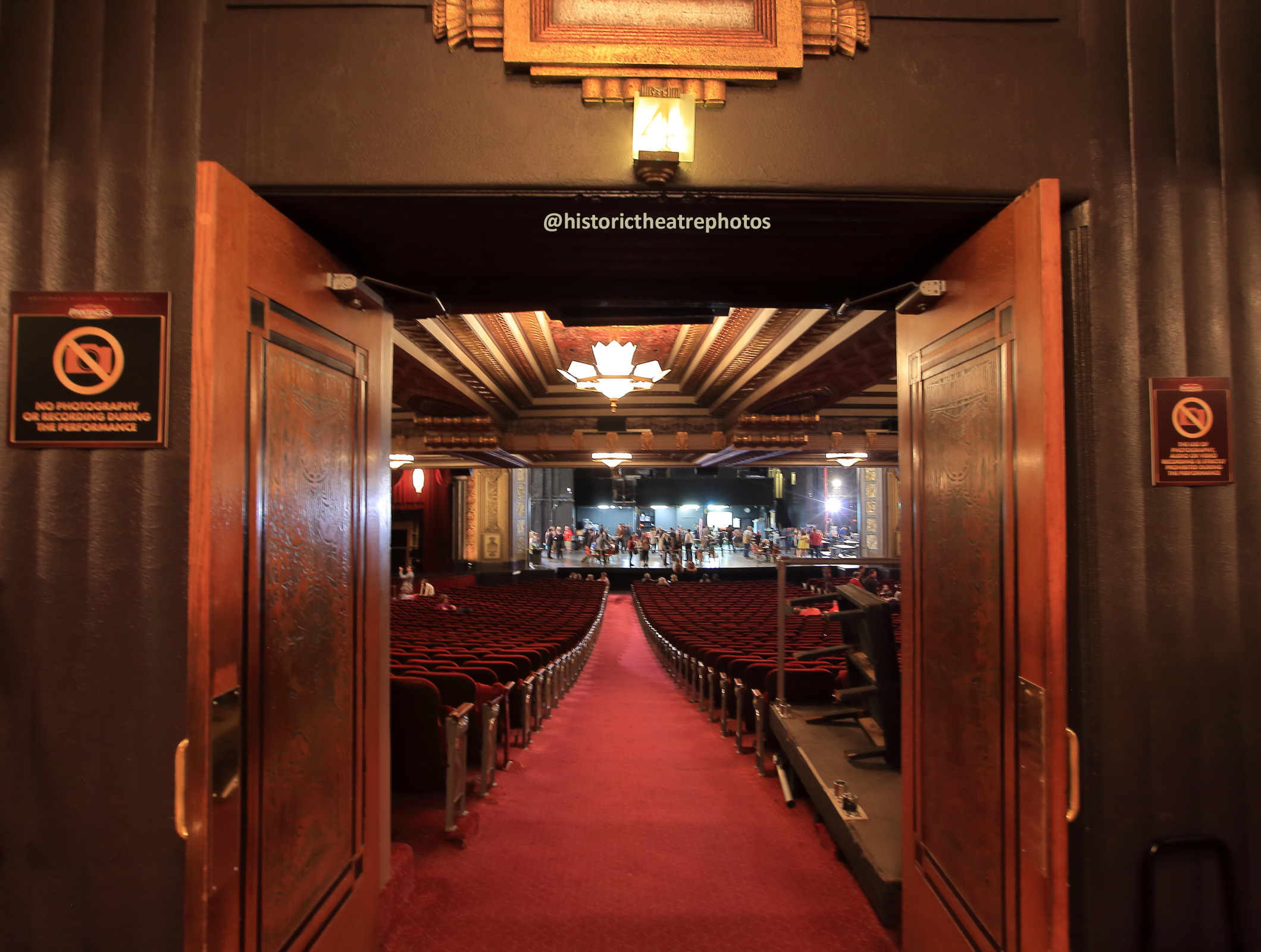 Pantages Theatre, Hollywood: Orchestra Entrance Doors