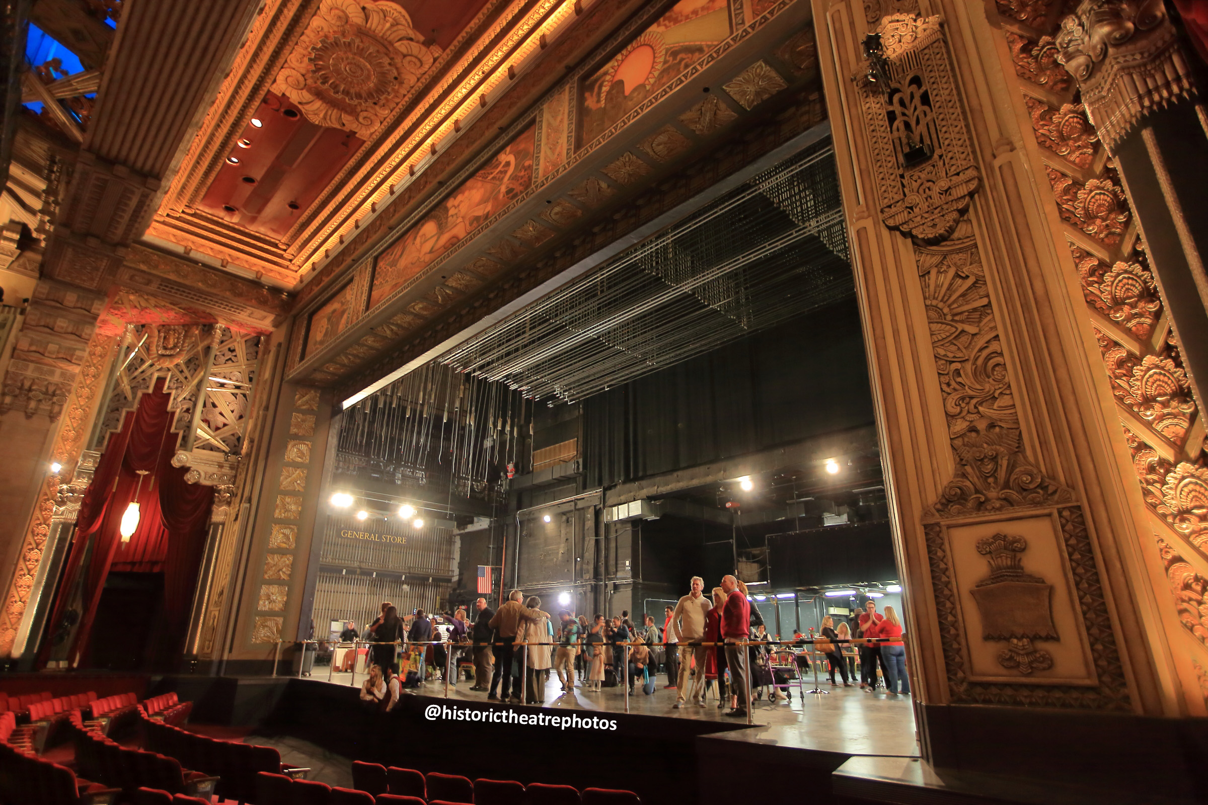 Pantages Theatre, Hollywood: Proscenium Arch