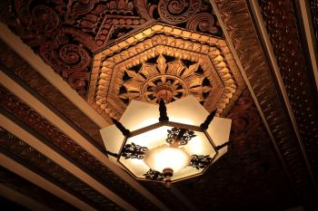 Pantages Theatre, Hollywood: Light Fixture Closeup