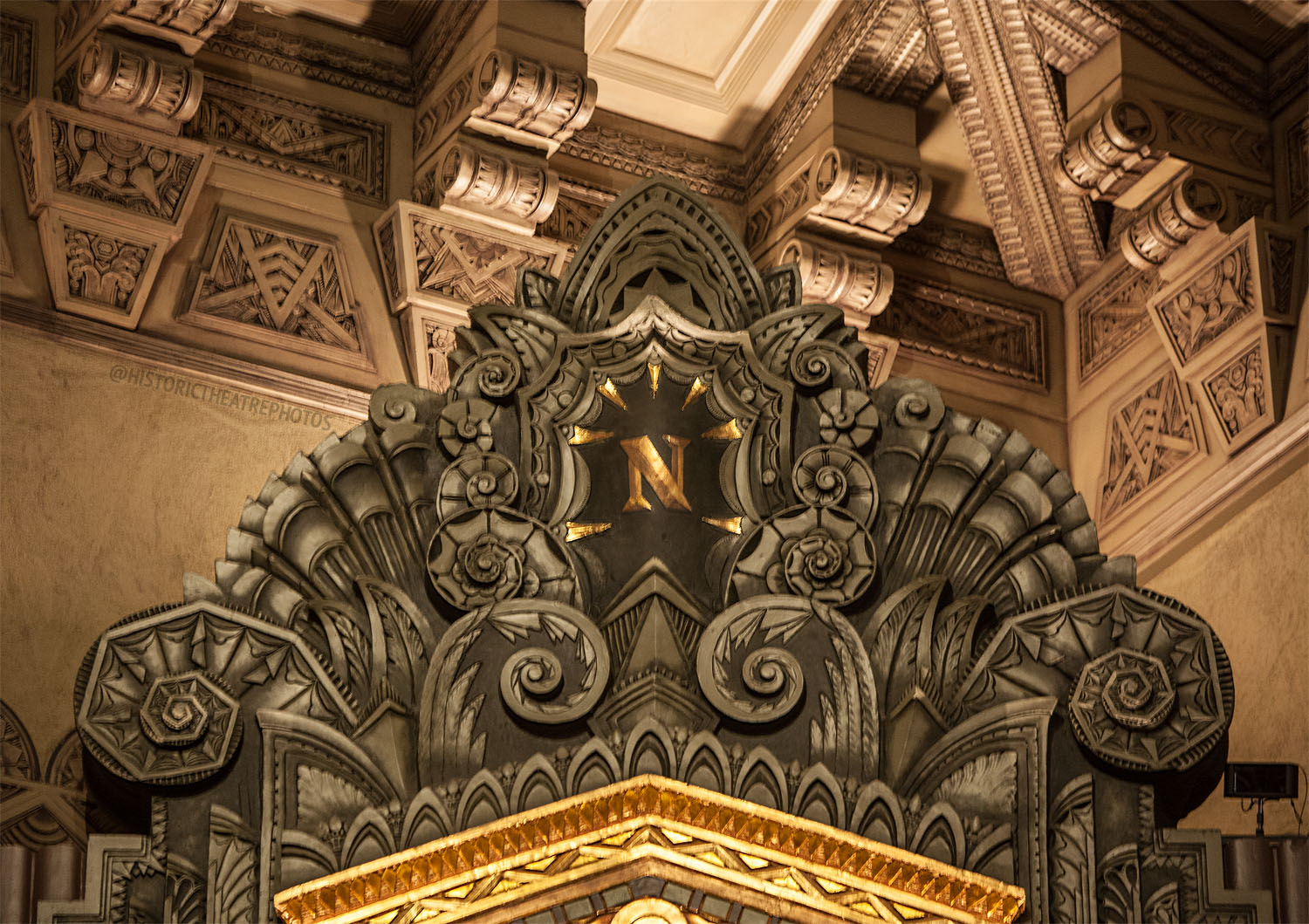 Pantages Theatre, Hollywood: Organ Chamber Top Closeup