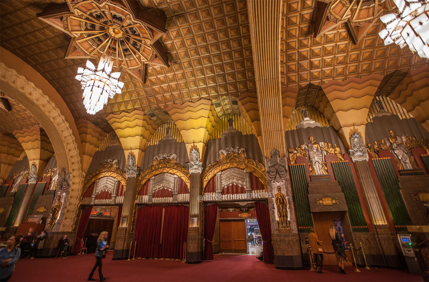 Pantages Theatre, Hollywood: Grand Lobby