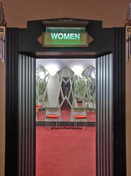 Pantages Theatre, Hollywood: Ladies Lounge Entrance