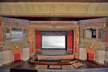 Rialto Theatre, South Pasadena: Balcony center