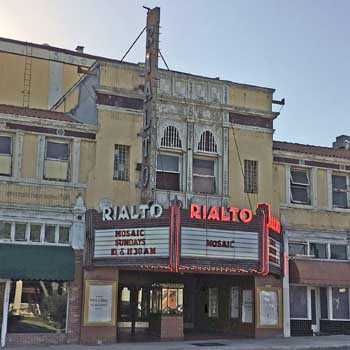 Rialto Theatre, South Pasadena: Façade closeup