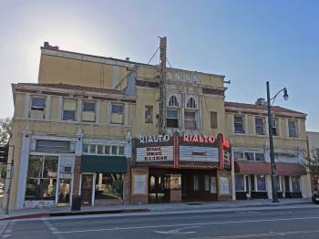 Rialto Theatre, South Pasadena: Façade