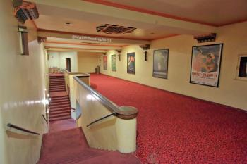 Rialto Theatre, South Pasadena: Balcony Lobby