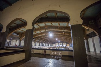 Shrine Auditorium, University Park: Hall from South stairway at Gallery level