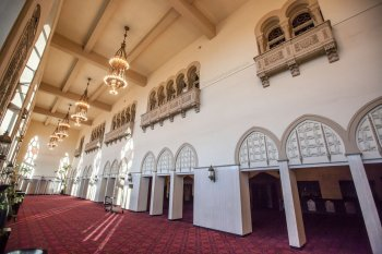 Shrine Auditorium, University Park: Vestibule interior wall