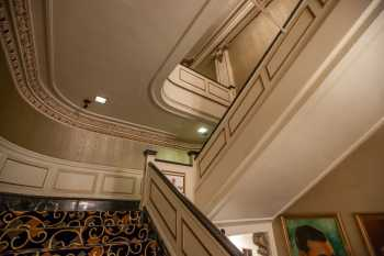 Spreckels Theatre, San Diego: Stairs to Mezzanine at House Left