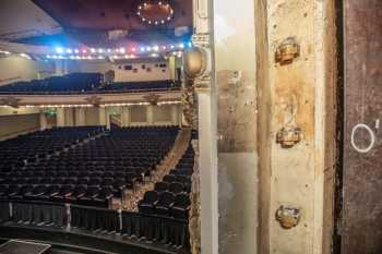 Spreckels Theatre, San Diego: Proscenium Striplights at Stage Right