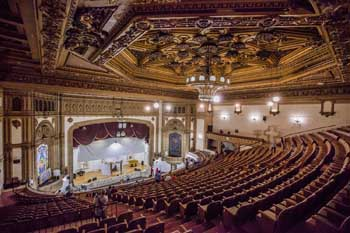 State Theatre, Los Angeles: Auditorium from Balcony rear