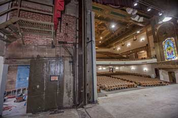 State Theatre, Los Angeles: Stage Left and Auditorium