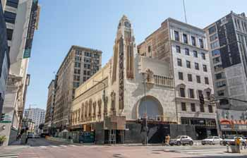 Tower Theatre, Los Angeles: Tower Theatre, after terracotta wall tile restoration in 2019/20