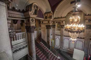 Tower Theatre, Los Angeles: Lobby Upper Level